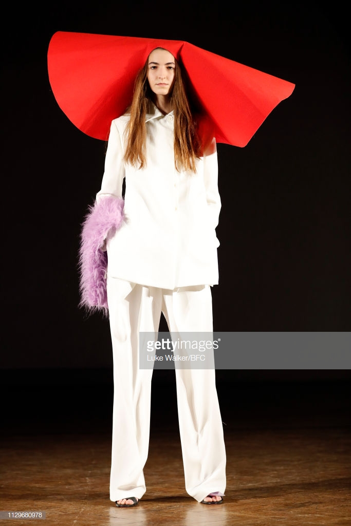 LONDON, ENGLAND - FEBRUARY 14: A model walks during the Ernesto Naranjo AW19 during London Fashion Week February 2019 on February 14, 2019 in London, England. (Photo by Luke Walker/BFC/Getty Images)
